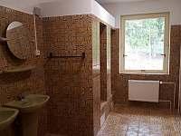 Koupelna pro společnou ložnici - pronájem chatek Nejdek - Bernov