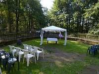 Svatba - zahrada