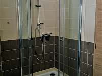 Apt. Lucie - koupelna, sprch.kout - chalupa k pronájmu Kovářská