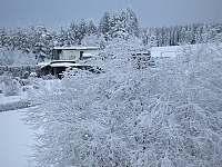 okolí domu - Kovářská