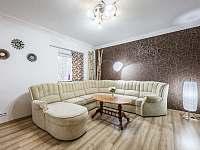 Obývací pokoj - Tisová u Nejdku