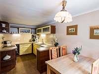 Kuchyň - pronájem chalupy Háj