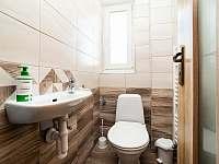 záchod - ubytování Pernink