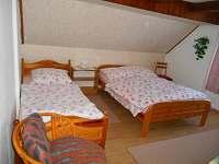Druhý třílůžkový pokoj v 1. patře