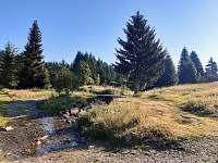 okolí Bludenské chaty - brod - Pernink