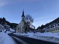 Kostel Sv. Jáchyma - chalupa k pronajmutí