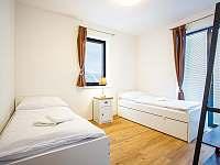 Adina 4 - ložnice 2 - apartmán k pronájmu Loučná pod Klínovcem