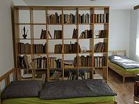 Pohodlná rodinná ložnice - apartmán k pronájmu Karlovy Vary - Kolová