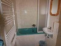 Koupelna v I.patře - chata k pronajmutí Hřebečná