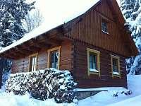Roubenka v zimě - chalupa k pronájmu Český Jiřetín
