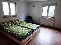 Dům u lesa - ložnice 1 - chata ubytování Nové Hamry