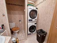 koupelna s pračkou a sušičkou - Pila