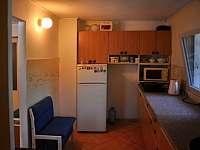 kuchyně - chata k pronájmu Klášterec nad Ohří