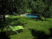 leháro u bazénu - chata k pronájmu Klášterec nad Ohří