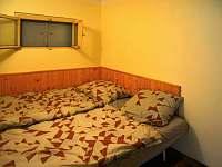 ložnice 2 - chata k pronájmu Klášterec nad Ohří