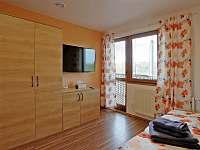 Oranžový pokoj , zázemí - Karlovy Vary - Dvory