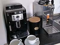 Automatický kávovar espresso - Kovářská