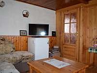 kuchyn s obývákem 1.np - chata ubytování Moldava - Nové Město