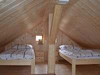 ložnice podkroví - chata ubytování Moldava - Nové Město