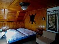prostorná ložnice rodičů