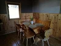jídelní kout - chata k pronájmu Klíny - Rašov