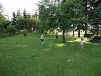 Děti se mají kde vyřádit :-) - pronájem chalupy Abertamy