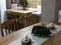 Společenská místnost s jídelním koutem - Abertamy