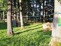 nízký lanový park 50 m od chalupy - Hroznětín
