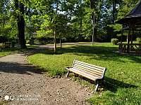 Lázeňský park u chaty - Klášterec nad Ohří