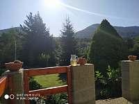 Pohled z terasy - chata k pronajmutí Klášterec nad Ohří