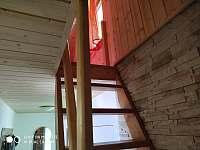 Schody do podkrovní ložnice - Klášterec nad Ohří