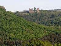 Zřícenina hradu Lestkov - 2 km od chaty - Klášterec nad Ohří