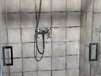 apartman patro-sprchovy kout - k pronajmutí Bublava