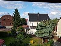 Výhled z balkonu - apartmán k pronájmu Abertamy