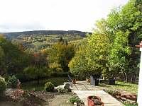 Zahrada s venkovní terasou - Jáchymov