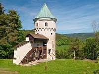 Chata U Permoníka okolí - k pronájmu Mariánská