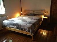 ložnice s manželskou postelí - Ústí nad Labem