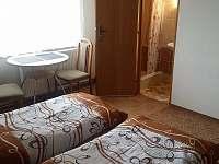 spodní s vlastní koup. + WC