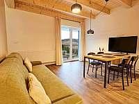 A25 - obývací pokoj s kuchyňským koutem - apartmán k pronájmu Loučná pod Klínovcem