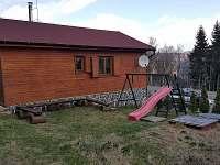 dětské hřiště u chaty - Klíny