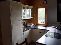 Kuchyň - chata k pronájmu Klíny