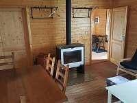 obývací pokoj - pronájem chaty Klíny