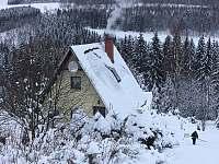 Chata Český Jiřetín zima - k pronájmu