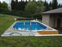 bazén - chata k pronajmutí Svahová