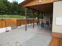 Zakrytá terasa - pronájem chaty Svahová