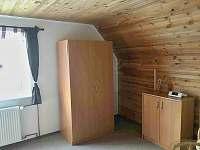 Dvoulůžkový pokoj - pronájem chaty Bublava