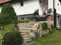 vchod do domu - Bublava