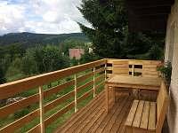 balkon - chata k pronajmutí Mariánská