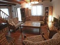 Obývací pokoj - chata k pronájmu Mariánská