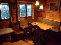 společenská místnost - chata k pronajmutí Horní Krupka